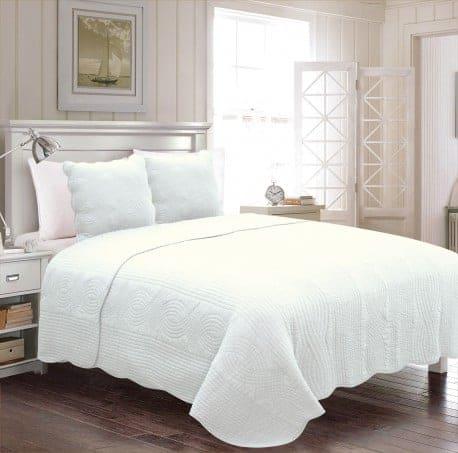 couvre lit beige 260x260. Black Bedroom Furniture Sets. Home Design Ideas