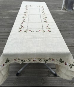 Nappe Brodée Rectangle 48 A - 160x300 cm