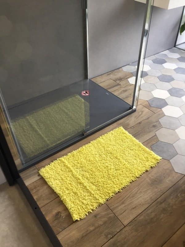 tapis de bain bambou 50x80 cm jaune. Black Bedroom Furniture Sets. Home Design Ideas