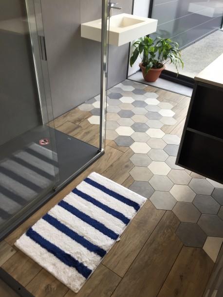 Tapis de bain Malo Antidérapant 50x80cm Rayure Blanc/Bleu