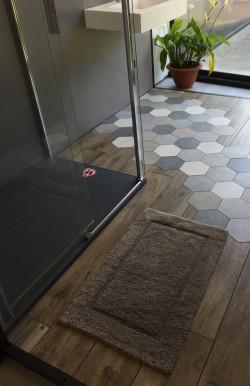 Tapis de bain 100% coton Lutèce Antidérapant Taupe 50x80